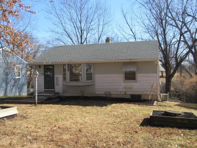 8329 Locust Street, Kansas City, MO 64131 (#2091705) :: Edie Waters Team