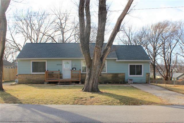 6342 Switzer Lane, Shawnee, KS 66203 (#2091913) :: Edie Waters Team