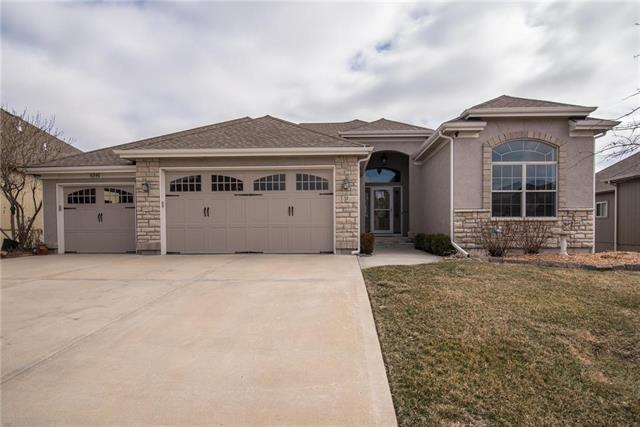 1215 Kettering Lane, Raymore, MO 64083 (#2092165) :: Edie Waters Team