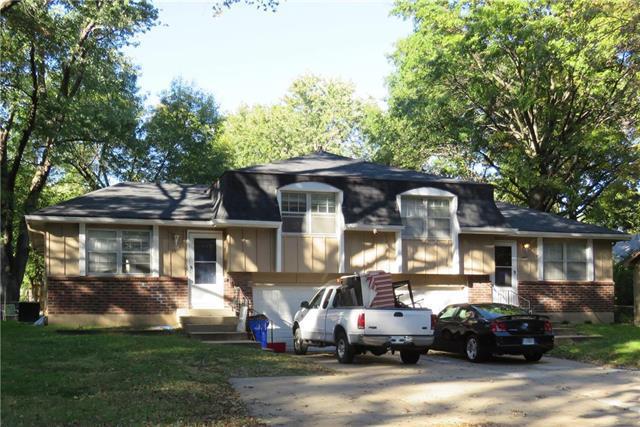 1900 E Cedar Street, Olathe, KS 66062 (#2092347) :: Edie Waters Team