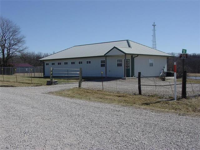 202 SE 591st Road, Warrensburg, MO 64093 (#2092416) :: The Gunselman Team