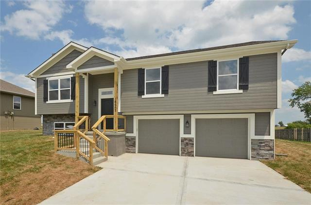 1004 Sunflower Street, Smithville, MO 64089 (#2092704) :: Tradition Home Group