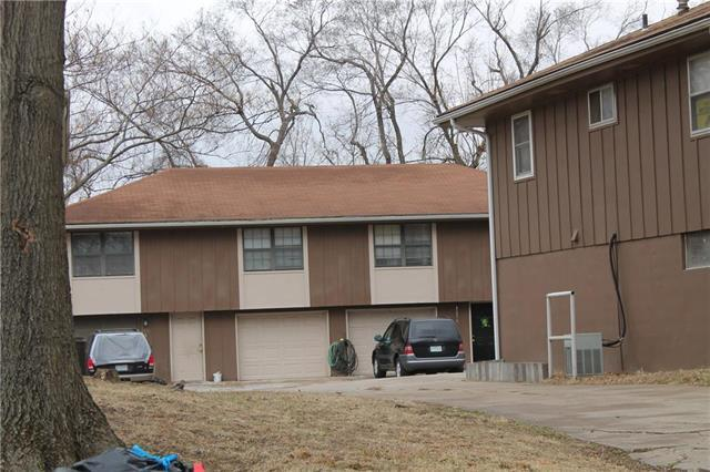 213A SW 6th Street, Blue Springs, MO 64014 (#2092970) :: Char MacCallum Real Estate Group