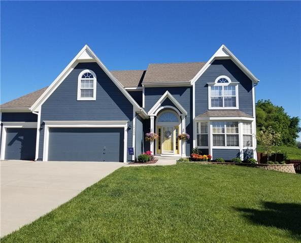 19200 W 208th Terrace, Spring Hill, KS 66083 (#2092978) :: Edie Waters Team