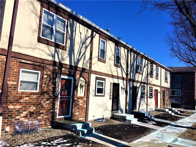 10126 W 96th Terrace, Overland Park, KS 66212 (#2092994) :: Edie Waters Team