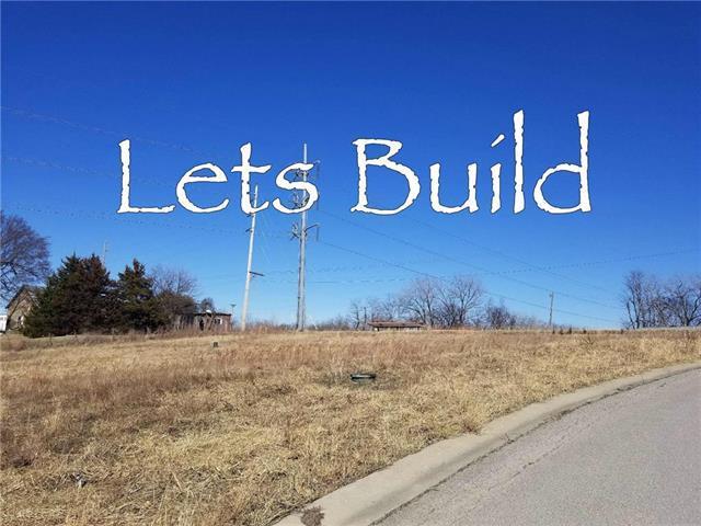102 Division Street, Knob Noster, MO 65336 (#2093097) :: Kansas City Homes