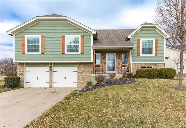 14610 Craig Avenue, Grandview, MO 64030 (#2093201) :: Edie Waters Team