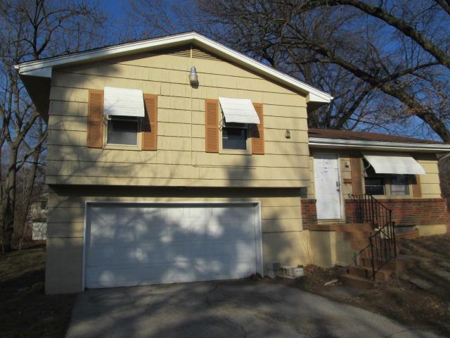 8020 Highland Avenue, Kansas City, MO 64131 (#2093461) :: Edie Waters Team