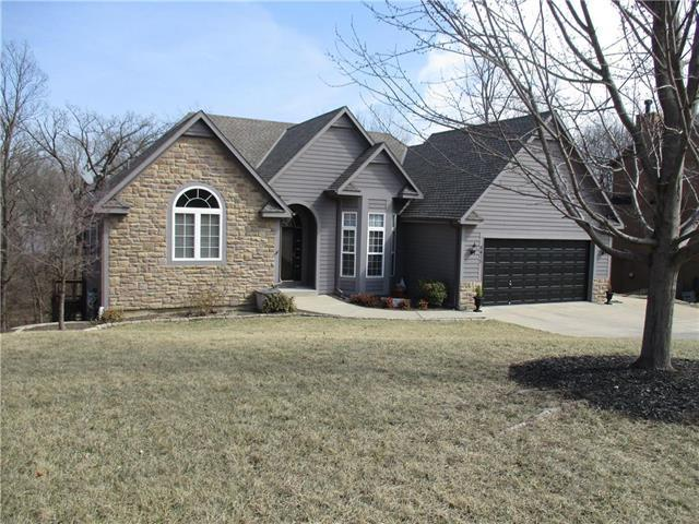 8415 Frederick Court, Desoto, KS 66018 (#2093713) :: Edie Waters Team
