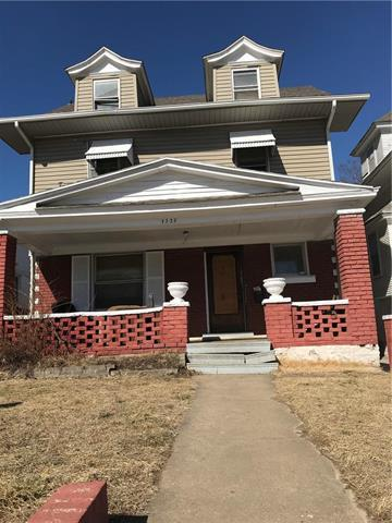 3228 independence Avenue, Kansas City, MO 64124 (#2093934) :: Tradition Home Group