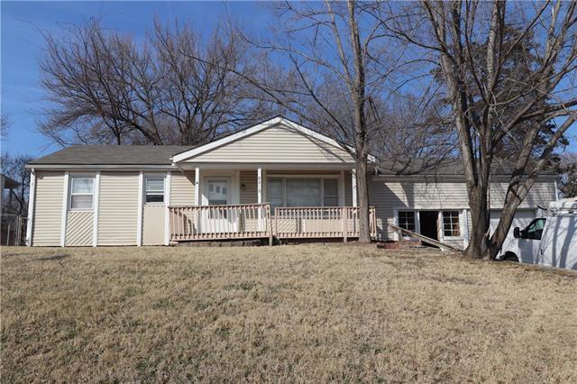 2510 NE 37th Terrace, Kansas City, MO 64116 (#2094008) :: Edie Waters Team