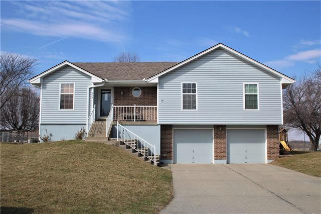 604 N Oak Street, Concordia, MO 64020 (#2094037) :: Edie Waters Team