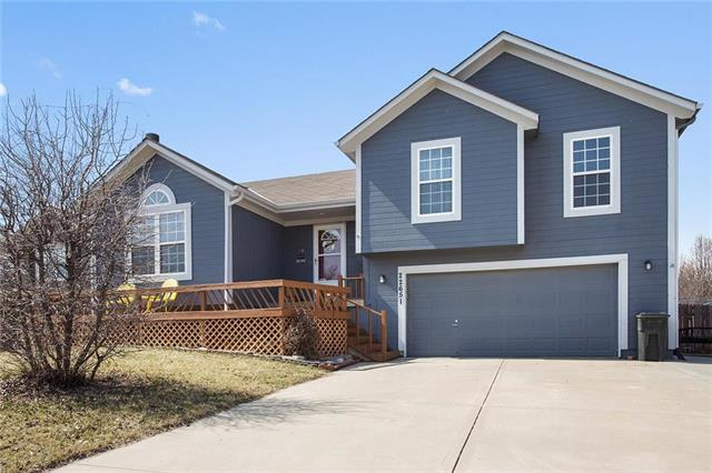 22651 S Jackson Street, Spring Hill, KS 66083 (#2094094) :: Edie Waters Team