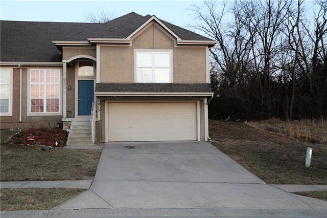 1213 N 132nd Street, Kansas City, KS 66109 (#2094199) :: Edie Waters Team
