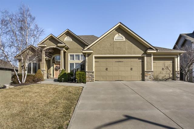 7611 Dove Avenue, Kansas City, MO 64139 (#2094223) :: Edie Waters Team