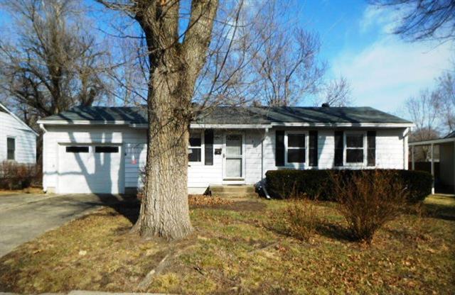 13707 11th Terrace, Grandview, MO 64030 (#2094358) :: Edie Waters Team