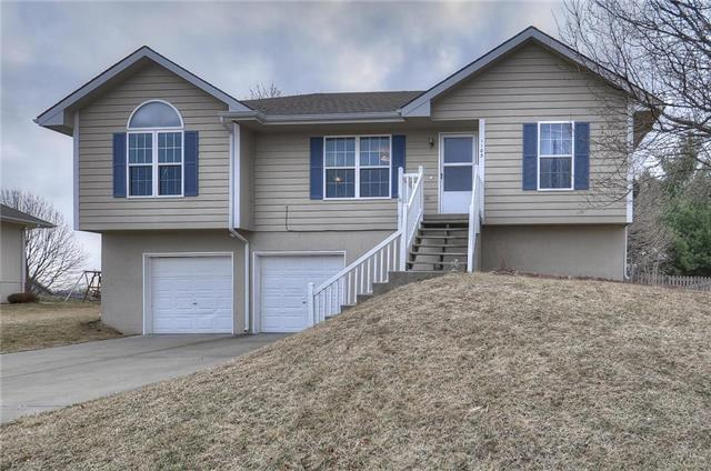 1105 Stonecrest Drive, Kearney, MO 64060 (#2094459) :: Tradition Home Group