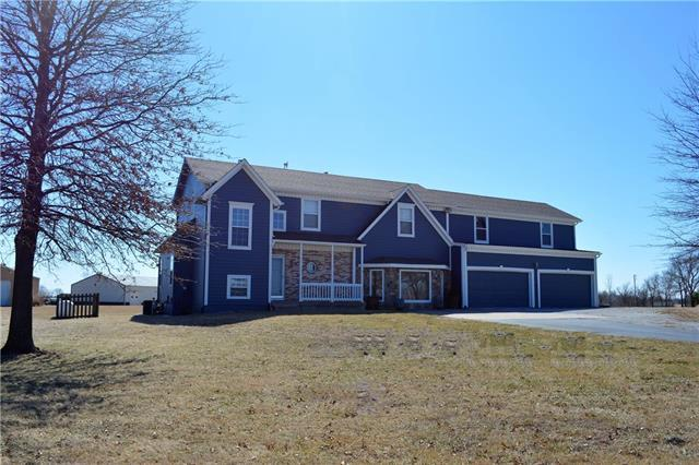 15101 N Stark Avenue, Liberty, MO 64068 (#2094477) :: Tradition Home Group