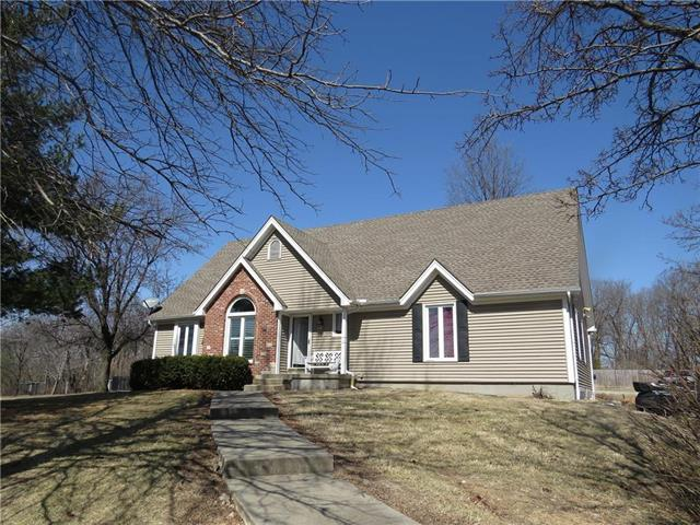 4022 Scottsdale Road, Smithville, MO 64089 (#2094547) :: Tradition Home Group