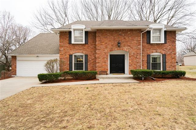 2109 W 119th Terrace, Leawood, KS 66209 (#2094583) :: Edie Waters Team