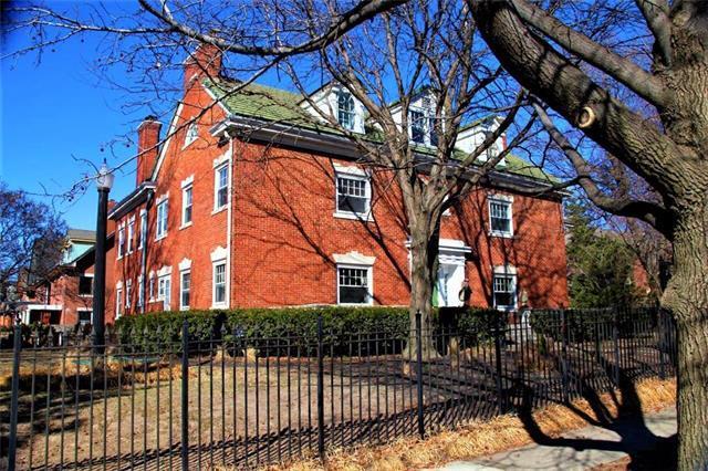 500 E 36 Street, Kansas City, MO 64109 (#2094592) :: Tradition Home Group