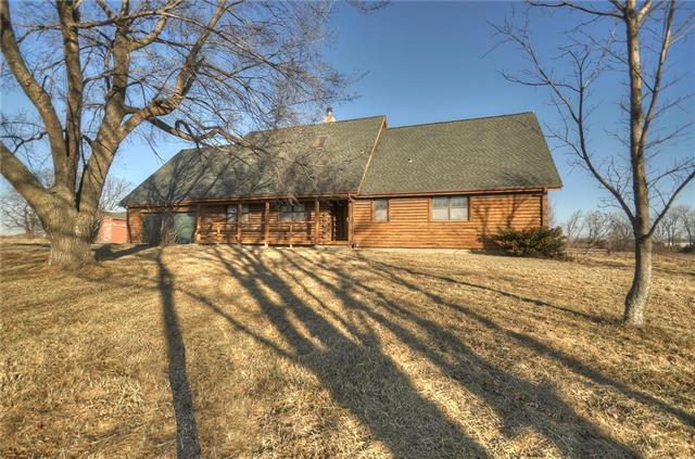 5440 W 255th Street, Louisburg, KS 66053 (#2094626) :: Tradition Home Group