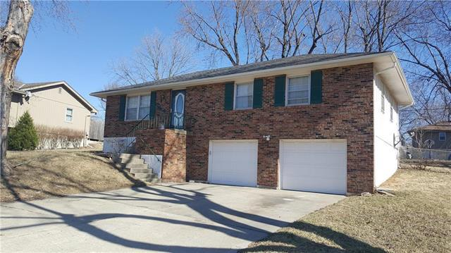 3909 S Berry Lane, Independence, MO 64055 (#2094717) :: Tradition Home Group