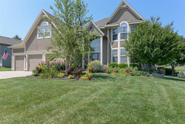 19480 W 207TH Terrace, Spring Hill, KS 66083 (#2094786) :: Edie Waters Team