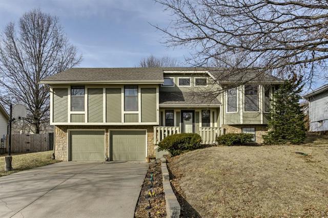 10110 N Wyandotte Street, Kansas City, MO 64155 (#2094816) :: Edie Waters Team