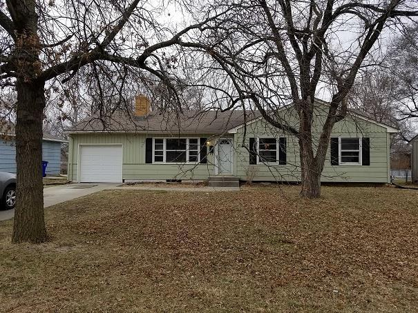 6106 E 148th Terrace, Grandview, MO 64030 (#2094820) :: Char MacCallum Real Estate Group