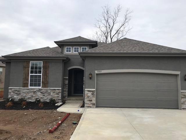 5083 SW Marguerite Street, Blue Springs, MO 64015 (#2094878) :: Char MacCallum Real Estate Group