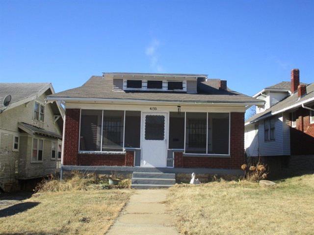 4132 College Avenue, Kansas City, MO 64130 (#2094994) :: Edie Waters Team