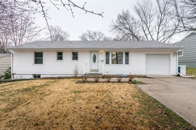 7641 Walmer Street, Prairie Village, KS 66204 (#2095054) :: Tradition Home Group
