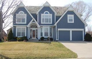 13102 Hemlock Street, Overland Park, KS 66213 (#2095086) :: Tradition Home Group