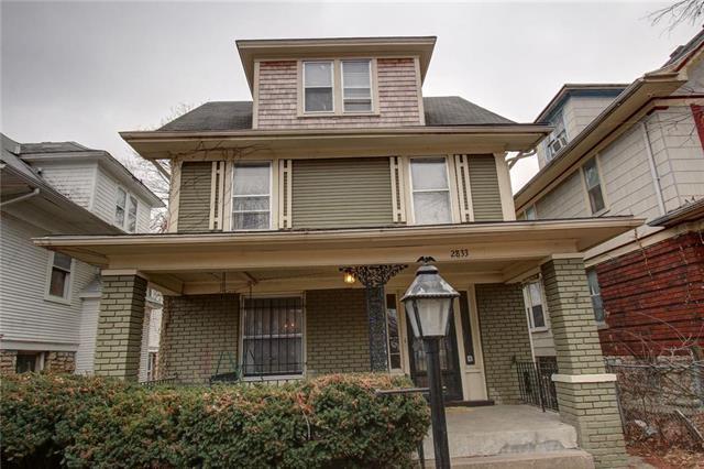 2833 E 8TH Street, Kansas City, MO 64124 (#2095090) :: Tradition Home Group