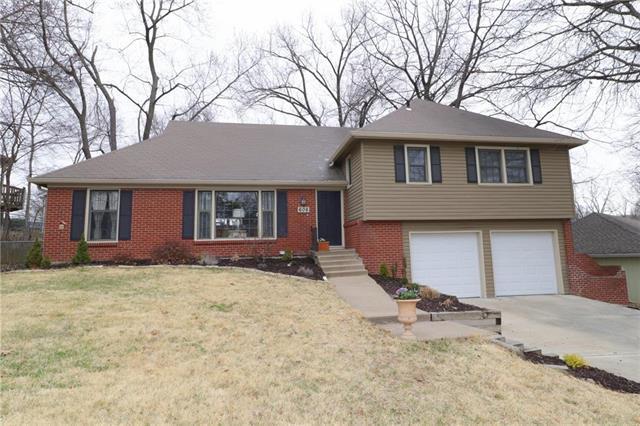 606 NE 55TH Street, Kansas City, MO 64118 (#2095101) :: Edie Waters Team