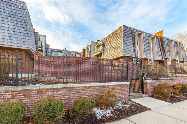 3606 Gillham Road #18, Kansas City, MO 64111 (#2095125) :: Edie Waters Team