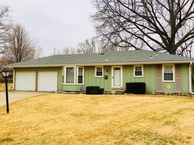 7905 E 93rd Terrace, Kansas City, MO 64138 (#2095152) :: Edie Waters Network