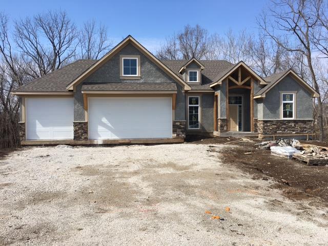 1768 Homestead Drive, Liberty, MO 64068 (#2095427) :: Edie Waters Team