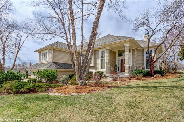 10280 S Northlake Avenue, Olathe, KS 66061 (#2095837) :: Edie Waters Team