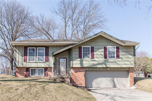 2204 Cranberry Hill Lane, St Joseph, MO 64503 (#2096078) :: Edie Waters Team