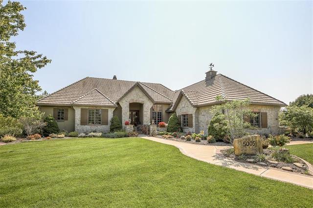 5005 W 144th Terrace, Leawood, KS 66224 (#2096243) :: The Shannon Lyon Group - ReeceNichols