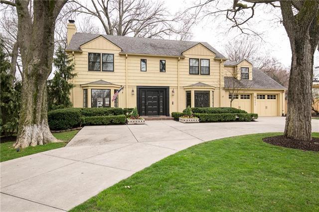2601 W 63rd Street, Mission Hills, KS 66208 (#2096524) :: Char MacCallum Real Estate Group