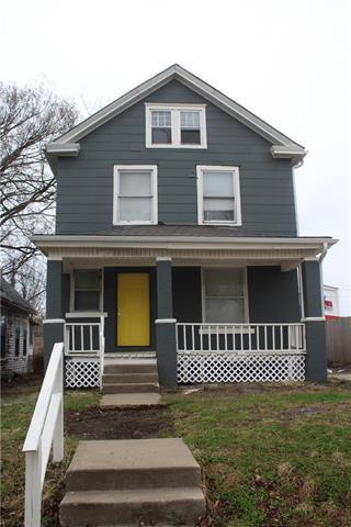 3037 Brooklyn Avenue, Kansas City, MO 64109 (#2096611) :: Char MacCallum Real Estate Group