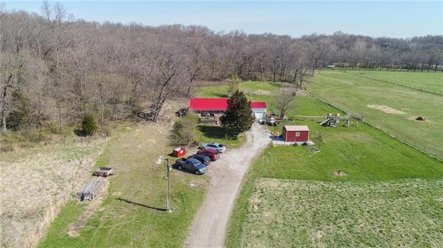 13620 Little Blue Road, Kansas City, MO 64133 (#2097980) :: The Gunselman Team