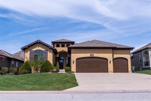 14711 Norwood Street, Leawood, KS 66224 (#2098430) :: The Shannon Lyon Group - ReeceNichols