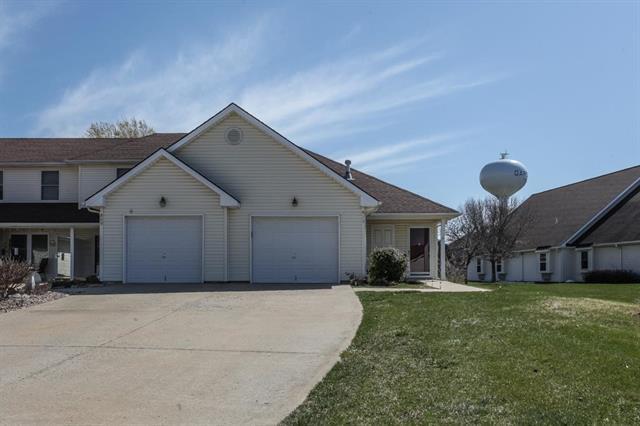 813 S Juniper Terrace, Gardner, KS 66030 (#2098623) :: Char MacCallum Real Estate Group