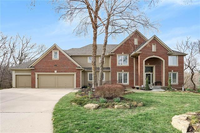 5816 Hickory Place, Parkville, MO 64152 (#2098906) :: Tradition Home Group