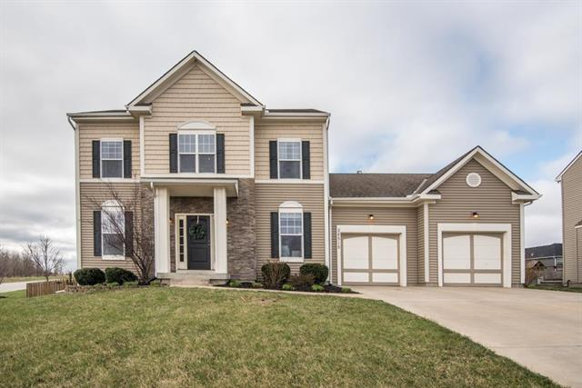 28515 W 159th Terrace, Gardner, KS 66030 (#2099142) :: Char MacCallum Real Estate Group