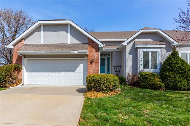 13218 W 85th Court, Lenexa, KS 66215 (#2099158) :: NestWork Homes